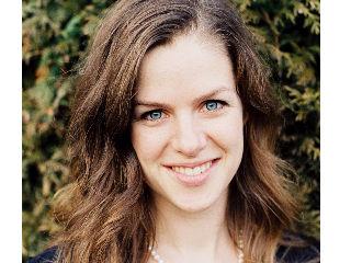 Laura Bull