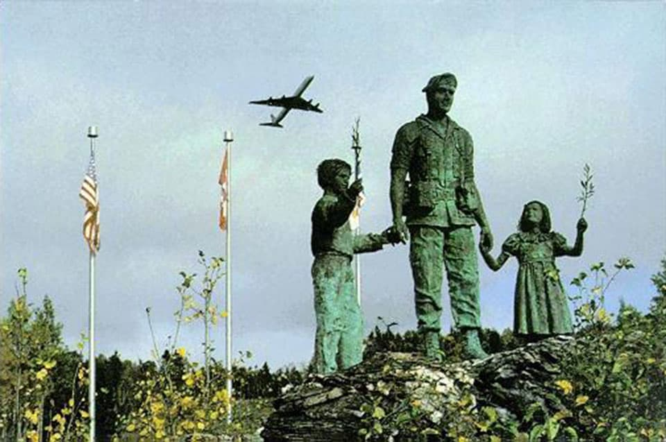 Gander Airport memorial statue